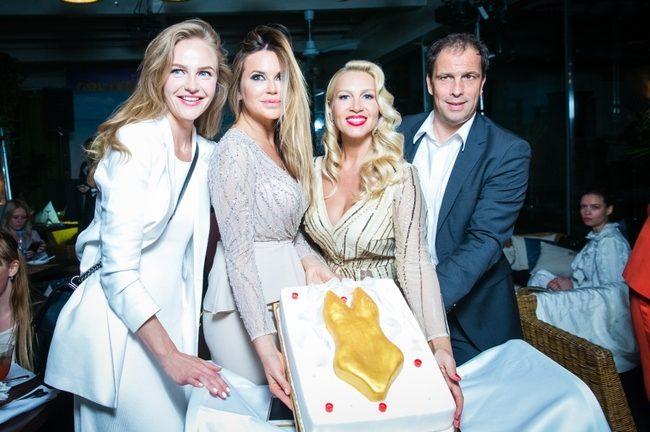 Светлана Королева, Эмилия Вишневская, Екатерина Одинцова, Даниэль Хох, торт представлен кондитерским домом Shokolord